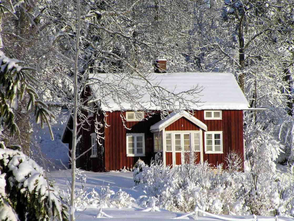 Stuga på vintern